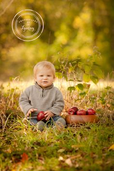 Fall baby, baby with apple, first birthday photography, fall photo, www.photographybylyndsey.com