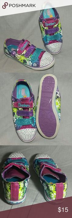 GIRL'S SKECHERS Shoes Multi-color 3Y Canvas Girl's velcro Twinkle Toes light up Skechers shoes item has a sign of being used but the condition is still good. (Please check my bundle discount thanks for visiting). Skechers Shoes Sneakers