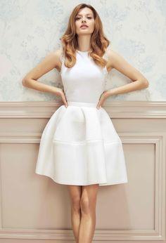 Ekskluzywna dziewczęca spódnica biała