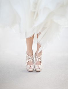 Christian Louboutin OFF!>> stunning heels by christianloubouti. Unique Wedding Shoes, Wedding Accessories, Ballet Shoes, Dance Shoes, Ballroom Wedding, Wedding Gowns, Gold Sandals, Gold Shoes, Bride Shoes