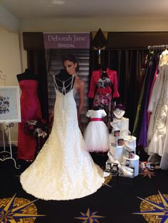 The pines wedding Fayre, fuchsia pink stand