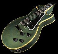 Gibson Les Paul Antique Pelham Blue turns green as it ages.