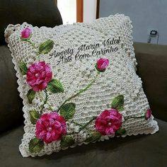 Crochet Pillow Cases, Crochet Pillow Patterns Free, Crochet Cushion Cover, Crochet Cushions, Crochet Flower Patterns, Crochet Stitches Patterns, Crochet Motif, Crochet Doilies, Crochet Flowers
