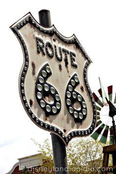 - Radiator Springs y la Ruta 66 - Radiator Springs, Disney California Adventure, Family Travel, Good Times, Bucket, Fandom, Cars, Places, Fun