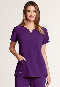 Derek Shepherd, Grey's Anatomy Clothes, Spa Uniform, Cute Scrubs Uniform, Stylish Scrubs, Scrubs Outfit, Greys Anatomy Scrubs, Medical Uniforms, Moda Chic