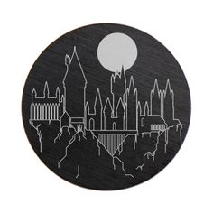 Hogwarts will always be there to welcome you home. Add a small piece of the Wizarding World of Harry Potter in your Living Locket® with this hand-sketched Large Hogwarts Castle Plate. Featuring an enchanting moonlit skyline, enjoy the view of the Great Hall, astronomy tower and greenhouse for a magical look any wizard can appreciate.