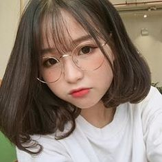 Jung So Min, Girl Pictures, Girl Photos, Sweet Girls, Cute Girls, Asian Short Hair, Aesthetic Women, Ulzzang Korean Girl, Uzzlang Girl