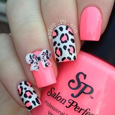 Pink And White Animal Print Nail Art Design With A Bow Make Everything Notch Cuter By Adding An Printed Embellishment On Top For Accent