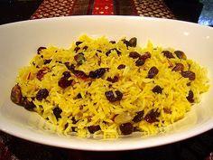 Esta receta de arroz dulce con carne, pescado o bien con verduras, nueces y hierbas, componen el plato principal de la cocina persa. Arroz Frito, Deli, Macaroni And Cheese, Rice, Ethnic Recipes, Food, Oriental, Asia, Gastronomia