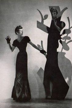 Elsa Schiaparelli evening dress,L'Art et la Mode magazine, 1942