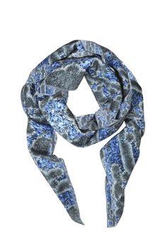 foulard-carre-heimstone-bleu.jpg