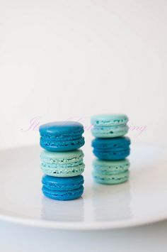Teal/blue and aqua macaroons. Party/shower inspo.