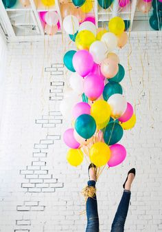 metallic brush stroke balloons | designlovefest <> Creative and fun. xoxo, Pippa & Grace