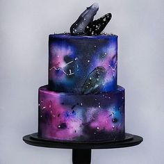 Broccoli and coconut cake - Clean Eating Snacks Elegant Birthday Cakes, Blue Birthday Cakes, 13th Birthday Parties, Teen Birthday, Galaxy Desserts, Galaxy Cake, Beach Cakes, Easy Homemade Recipes, Cute Desserts