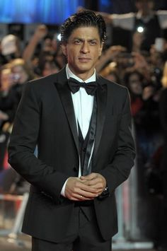 SRK ....... the name is enough.........................