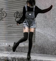 Grunge Style Outfits, Aesthetic Grunge Outfit, Cute Casual Outfits, Aesthetic Clothes, Goth Aesthetic, Cute Goth Outfits, Aesthetic Fashion, Gothic Outfits, Aesthetic Drawing