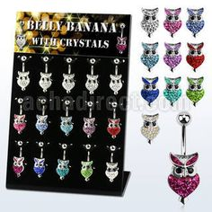 "#Piercing #display with 15 pcs. of #316L steel belly bananas, 14 g (1.6 mm) with #ferido glued multi crystal owl design on the lower end - length 3/8"" (10 mm). #Wholesale price: 40.46 USD"
