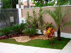 Como ter um jardim simples e barato no quintal. Confira fotos, dicas e ideias de como fazer uma jardim simples, bonito e barato no quintal de sua casa.