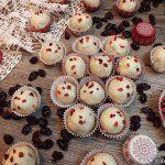 Mikuláskenyér   Tétova ínyenc Minion, Latte, Muffin, Breakfast, Food, Morning Coffee, Essen, Minions, Muffins