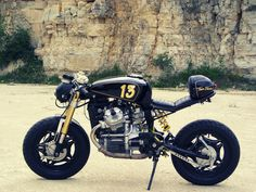 Honda CX500 cafe racer by some guy called Gary - love the inverted tank and monoshock!