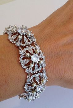 Vintage Pearl Estate Jewelry  Bracelet.  via Etsy.