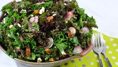 Lemon Vinaigrette Kale Salad with Macadamia Feta | www.Love-Fed.com