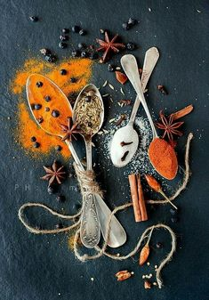 the richness of the color in spices is so mesmerizing - eat | raw foods - inspiration - color - healthy - food photography - beautiful - ideas - styling