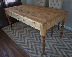 Small Old English Style Farmhouse Dining Table