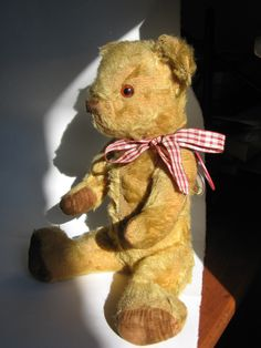 Cecil Butterscotch, Invicta teddy bear, circa 1940