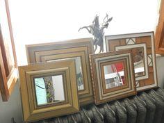 Voici la dernière petite production de miroirs en carton ondulé. Du doré toujours, mais aussi un peu de blanc