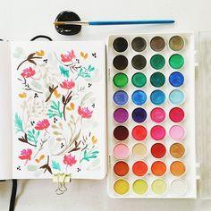 Floral pattern #calligrafikas #watercolor   Paper: Monologue sketchbook A5 Paint: Simbalion watercolor cakes Brush: Royal Talens round no 6