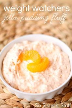 Weight Watchers Jello Pudding Fluff Recipe Desserts with cool whip, vanilla instant pudding, jello, crushed pineapple, mandarin oranges Healthy Fruit Desserts, Ww Desserts, Healthy Snacks, Healthy Recipes, Pudding Desserts, Fluff Desserts, Delicious Deserts, Strawberry Desserts, Yummy Food