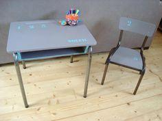 Ensemble bureau et chaise d écolier vintage relooké gris rose