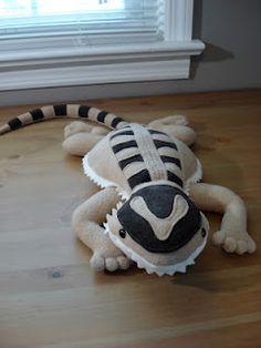 Fleece Menagerie: Custom Bearded Dragon (Sold) $50.00