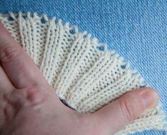 Free baby booties pattern Baby booties ugg free knitting pattern