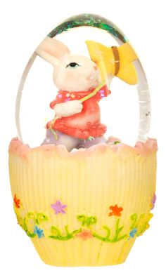 This snowglobe would make a cute easter party centerpiece We love this vintage looking Easter snowglobe 2013. Check out our 2014 Easter range