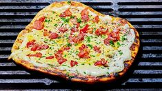 Ok, this is not your traditional carbonara by any means, but it is creamy and grilled and if you're not grilling your pizza, you should be.Servings: 4 Prep time: 15 minutes Total time: 30 minutesfor the toppings and slices thick-cut bacon, cut into cup Deep Dish, Pizza Recipes, Sauce Recipes, Campfire Recipes, Jam Recipes, Spicy Barbecue Sauce Recipe, Marinated Pork Chops, Grilled Sausage, Recipes