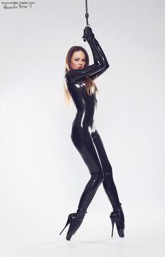 Latex Wear, Sexy Latex, Alexandra Potter, Rubber Catsuit, Leather Catsuit, Shining 2, Ballet Heels, Vinyl Dress, Jumpsuit Dressy