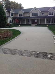 Addagrip approved contractor, Chameleon Ways, completed this stunning New Jersey driveway in October 2014.    The client was looking for a decorative but hard wearing, low maintenance natural aggregate finish for his new asphalt driveway in Franklin Lakes. An Addastone Resin Bonded finish was selected, using a 1-3mm Danish Quartz aggregate for the 275sqm driveway at the front of the property providing a natural looking surface without the issues of loose gravel