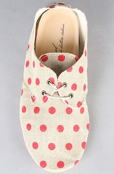 anniel // the derby polka dot shoe in red linen
