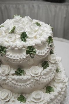 My Irish wedding (Aug.1973) cake was a bit like this one. Mine had six layers, chocolate chip mint ice cream in the center. Hand made shamrocks and a crystal harp on top....LOVED IT!