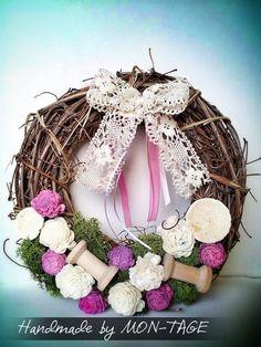 Ajtódísz, Dekoráció, Otthon, Lakberendezés. Grapevine Wreath, Grape Vines, Photo Props, Wreaths, Decoration, Home Decor, Decor, Decoration Home, Door Wreaths