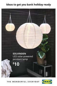 With scorching temperatures to look forward to, it makes sense to take the fun outdoors for the bank holiday. Set the ultimate summer atmosphere with your very own garden bar and outdoor lighting, as well as lots of other ideas to make the most of your space this summer. Ikea Portugal, Garden Furniture, Furniture Design, Led, Incandescent Bulbs, Outdoor Entertaining, Globes, Solar Power, Solar Panels