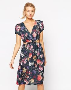 Love Floral Dress With Cut Out Waist--is it weird that I want to DIY this with vintage sheets?