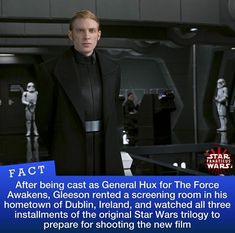 Well thats a bit extra, doesn't he own a tv? Star Wars Kylo Ren, Star Wars Clone Wars, Reylo, Star Wars Timeline, Domhnall Gleeson, Star Wars Facts, Favorite Movie Quotes, Star Wars Images, The Force Is Strong