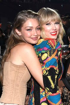 Long Live Taylor Swift, Taylor Swift Pictures, Taylor Alison Swift, Taylor Swift Gigi Hadid, Taylor Swoft, Young Taylor Swift, Millie Bobby Brown, Modelos Victoria Secret, Mode Kylie Jenner