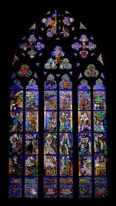Vitrail | Flickr: Intercambio de fotos  #Prague #cathedral