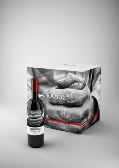 Caja Tramuznice wine packaging PD #taninotanino #vinosmaximum