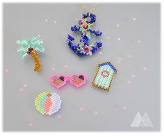 plage Peyote Stitch Patterns, Bead Loom Patterns, Beading Patterns, Bead Embroidery Jewelry, Beaded Jewelry Patterns, Beaded Embroidery, Seed Bead Projects, Beading Projects, Loom Bands