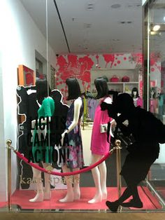 Amid the month of rare window display update in Jakarta, Kate Spade gives a refreshing look for its window. Shop Window Displays, Display Windows, Shop Windows, Shop Fronts, Window Art, Visual Merchandising, Signage, Red Carpet, Kate Spade